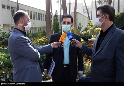 محمدجواد آذری جهرمی وزیر ارتباطات و فناوری اطلاعات در حاشیه جلسه هیئت دولت