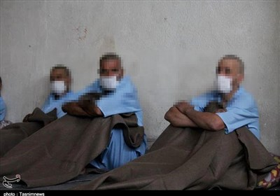 استاندار تهران: شهرداری مراکز نگهداری معتادان در زمستان را آماده کند