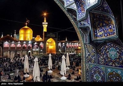 Imam Reza Holy Shrine Hosts Mourning Pilgrims