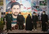 دیدار فرمانده تیپ 82 سپاه قزوین با خانواده شهید «زکریا شیری» + تصاویر