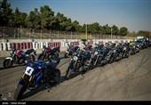 جلسه شائبهبرانگیز یک کاندیدای انتخابات فدراسیون موتورسواری و اتومبیلرانی در مشهد/ خرج این مراسم از کجا تامین میشود؟