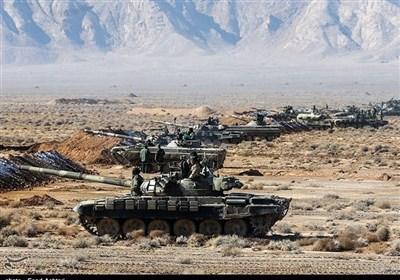 """ایران.. القوات البریة للجیش تنفذ مناورات """"عشاق الولایة 99"""" شمال غرب البلاد"""