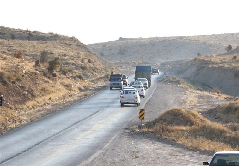 غیراستاندارد بودن جادهها و قاچاق سوخت و انسان شرکتهای بیمهای استان کرمان را با مشکل مواجه کرده است
