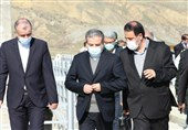 بازدید معاون سیاسی وزارت خارجه از نوار مرزی خداآفرین / عراقچی: امنیت مرزهای ایران جزو اصول خدشهناپذیر ماست
