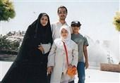 """رونمایی از پوستر سریال """"صبح آخرین روز"""" با حضور خانواده شهید شهریاری/ سریال از شبکه 2 سیما پخش میشود + فیلم"""