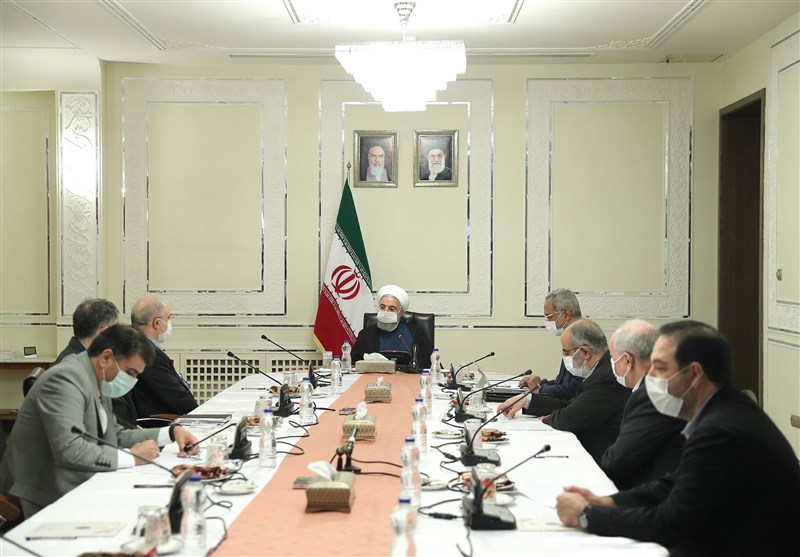 روحانی: قرارگاه عملیاتی ستاد مبارزه با کرونا محور نظارت بر اجرای مصوبات است