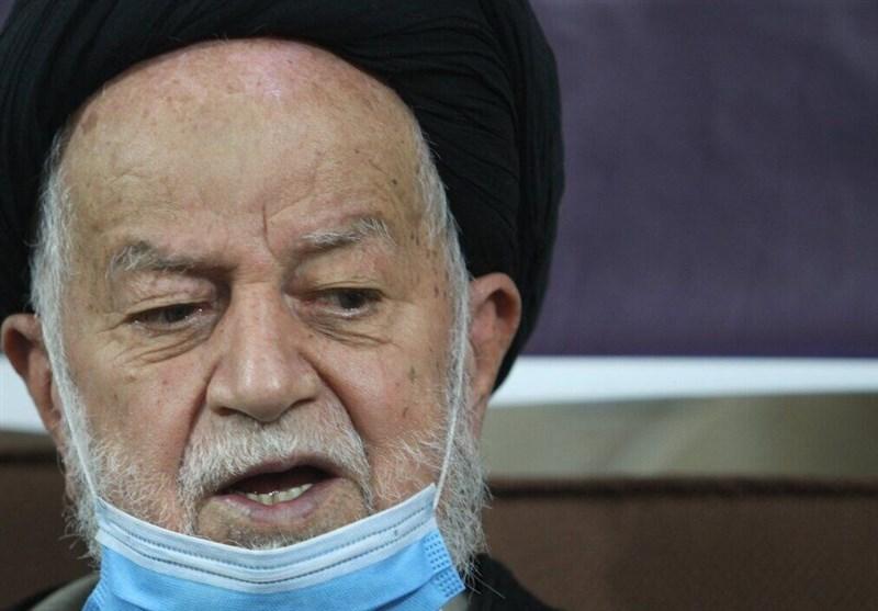 آیتالله شاهچراغی: دشمنان بهدنبال سوءاستفاده از مشکلات مردم هستند/ مردم خوزستان جلوی موجسواری دشمنان بایستند