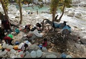 """17روستای سیلاب و کلوار در کنار رودخانه """"تشنه"""" ماندهاند"""