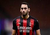 چالهاناوغلو: آینده حرفهایام به لیگ قهرمانان بستگی ندارد/ از بودن در میلان خوشحال هستم