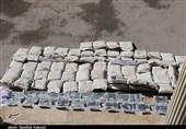 انهدام باند بزرگ ترانزیت مواد مخدر در تبریز / جاسازی ماهرانه 590 کیلوگرم هروئین در پروفیلهای آهنی + فیلم