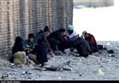 حاشیهنشینی در حاشیه ـ 1  نمایی دیگر از اصفهان در مناطق حاشیهنشین / جایی که دیگر رنگ و بویی از سرسبزی و گنبدهای فیروزهای نیست + فیلم