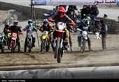 90 ورزشکار سازمانیافته رشته موتورسیکلتسواری در استان سمنان فعال هستند؛ پیستهای موتورسیکلتسواری استان نیازمند بهسازی است