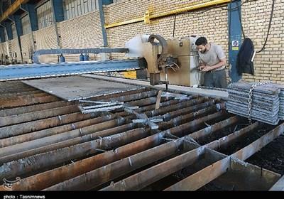 سهم ۴۲درصدی بانکها در موانع تولید استان فارس/ ۲۴واحد تولیدی از تملک بانک خارج شد