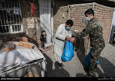 سیل کمکهای مؤمنانه سپاه در کردستان/ همدلی و مواسات همچنان ادامه دارد + فیلم
