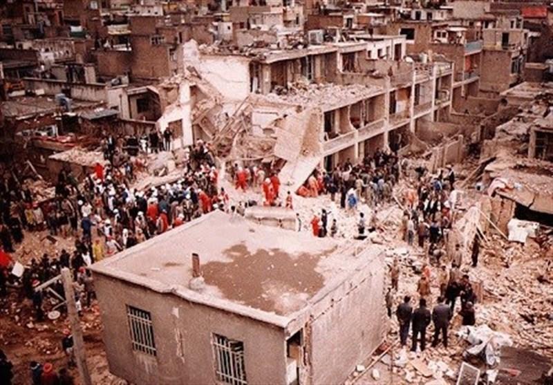 تصویر دفاع مقدس| «بمباران تهران» توسط رژیم بعث به بهانه بهدست آوردن آبروی از دست رفته