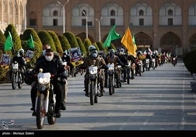 رژه موتورسواران به مناسبت 25 آبان روز حماسه اصفهان