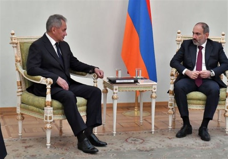 شایگو در دیدار با پاشینیان: هدف اصلی روسیه در قرهباغ توقف جنگ است