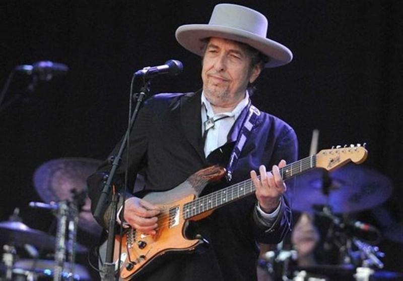 نیم میلیون دلار برای اشعار منتشر نشده «باب دیلن»!