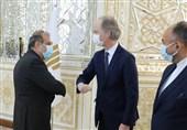 بیدرسون یجری مشاورات فی طهران مع کبیر مساعدی وزیر الخارجیة