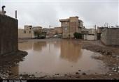 وضعیت نامساعد ناصرآباد قزوین پس از بارش باران/محله به گل نشست/ عبور و مرور مردم مختل شد+ فیلم