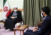 نماینده ولی فقیه در استان فارس: در آموزش و پرورش مربیانی میخواهیم که برای دانشآموز دل بسوزانند