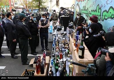 بازدید سردار حسین رحیمی رئیس پلیس تهران از کشفیات طرح رعد 39