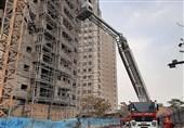 نجات کارگری که در آستانه سقوط از طبقه هفتم یک ساختمان بود+ تصاویر