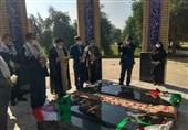 آیین غبارروبی مزار شهدای گمنام دانشگاه شهید چمران اهواز از سوی بسیج اساتید دانشگاه برگزار شد