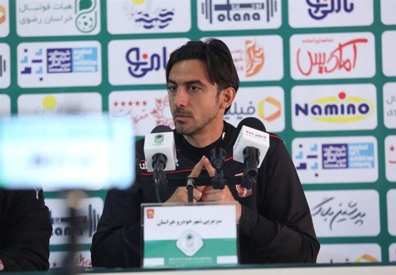رحمتی: هیچ فشاری از سمت باشگاه روی من نیست/ تعطیلی لیگ به ما خیلی لطمه زد