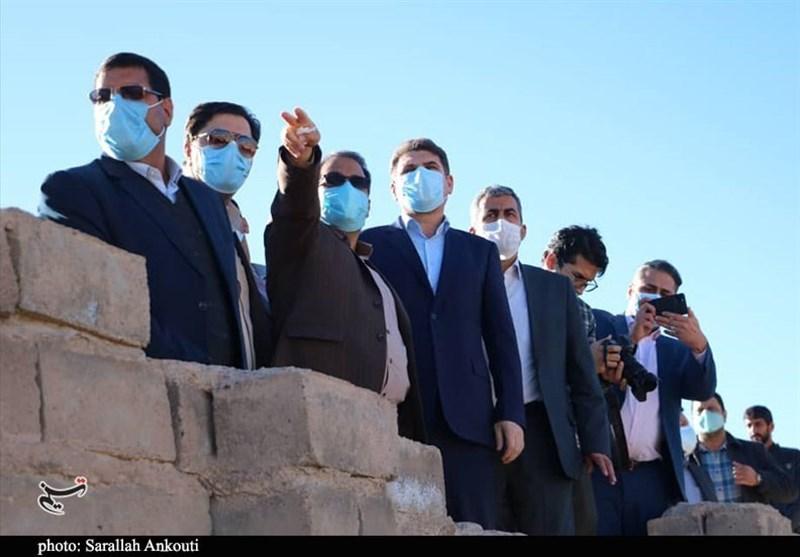 استاندار کرمان: مشاغل مزاحم در محلات حاشیهای مرکز استان باید سریعاً تعیین تکلیف شود