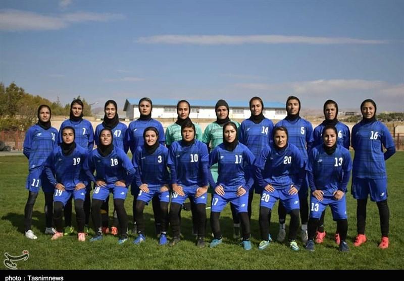 نارضایتی از عملکرد مربیان باشگاه فوتبال لیگ برتری؛ کادر فنی و بازیکنان تیم وچان کردستان تغییر مییابد