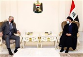 عراق درخواست حکیم از سفیر روسیه در بغداد/ رایزنی با حلبوسی درباره روند سیاسی