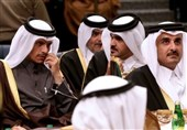 فایننشنال تایمز: عربستان در تلاش برای حل بحران قطر به عنوان هدیهای برای بایدن است