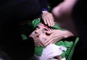 وداع خانواده شهید فخری زاده با پیکر مطهر او + عکس و فیلم