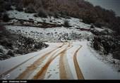 کاهش تردد در جاده های کشور/ برف و باران در جاده های 8 استانَ