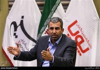 گفتگوی تسنیم با پورابراهیمی|توصیه اکید رهبری به ورود بنیادها برای حل مشکلات در جلسه شورای هماهنگی اقتصادی/طرح پیشنهاد «آب و گاز رایگان» محرومان