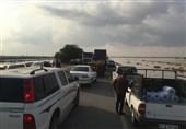 30 تیم امدادی جمعیت هلال احمر استان بوشهر به یاری آسیب دیدگان شتافتند