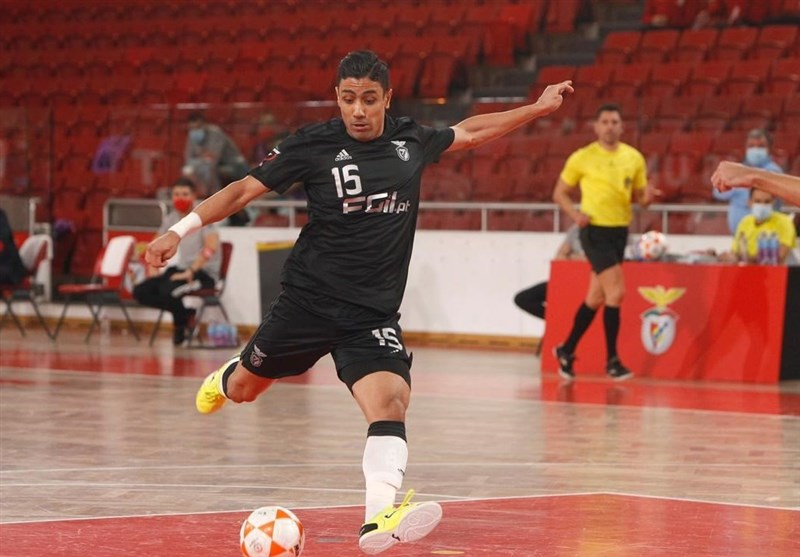 Iran's Tayebi Nominated for Best Futsal Player in World