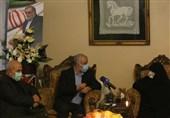 دیدار رئیس بنیاد شهید با خانواده شهید فخری زاده