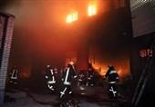 جدال 100 آتشنشان با حریق مهیب / آتشسوزی کارخانه شیرآلات مشهد مهار شد