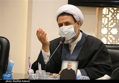 نظارت در ادارات استان کرمان برای پیشگیری از هرگونه فساد اداری باید تقویت شود