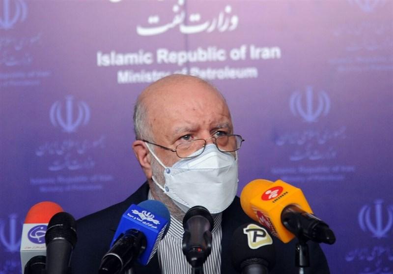 زنگنه: موضوع توقیف نفتکش ایرانی در حال پیگیری است,