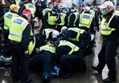 Anti-Lockdown Protesters Scuffle with Police in London (+Video)