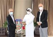رئیس الاتحاد الایرانی لکرة القدم یجری مباحثات مع نظیره القطری