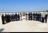 رقابت بازیهای بومی محلی بانوان در کیش برگزار شد