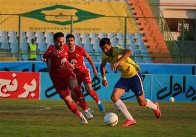 لیگ برتر فوتبال  دشت سه امتیازی تراکتور از بازی با صنعت نفت با سه گل