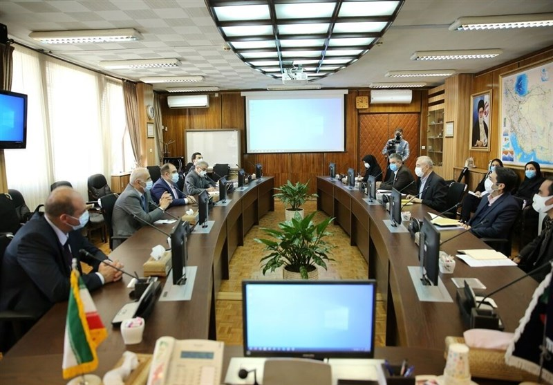 Iran, Armenia Weigh Plans for Gas-Electricity Barter Deal