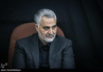 سپهبد شهید حاج قاسم سلیمانی در مراسم بزرگداشت شهید حسن طهرانی مقدم