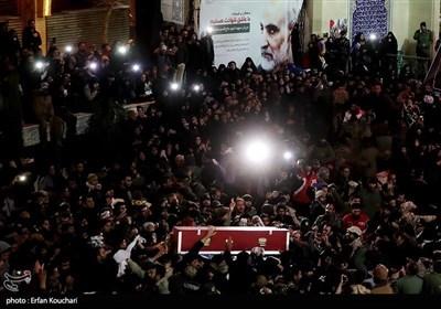 مراسم تشییع و خاکسپاری سپهبد شهید حاج قاسم سلیمانی در گلزار شهدای کرمان
