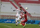 لیگ برتر فوتبال| تساوی پدیده و تراکتور در نیمه اول